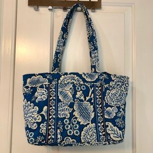 Vera Bradley large blue tote handbag shoulder bag